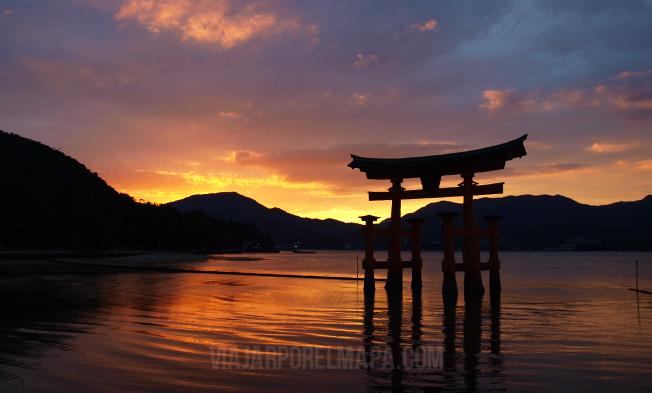 Anochecer en Miyajima - Viaje Japón por libre
