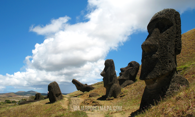 Isla de Pascua - Rano Raraku viajarporelmapa