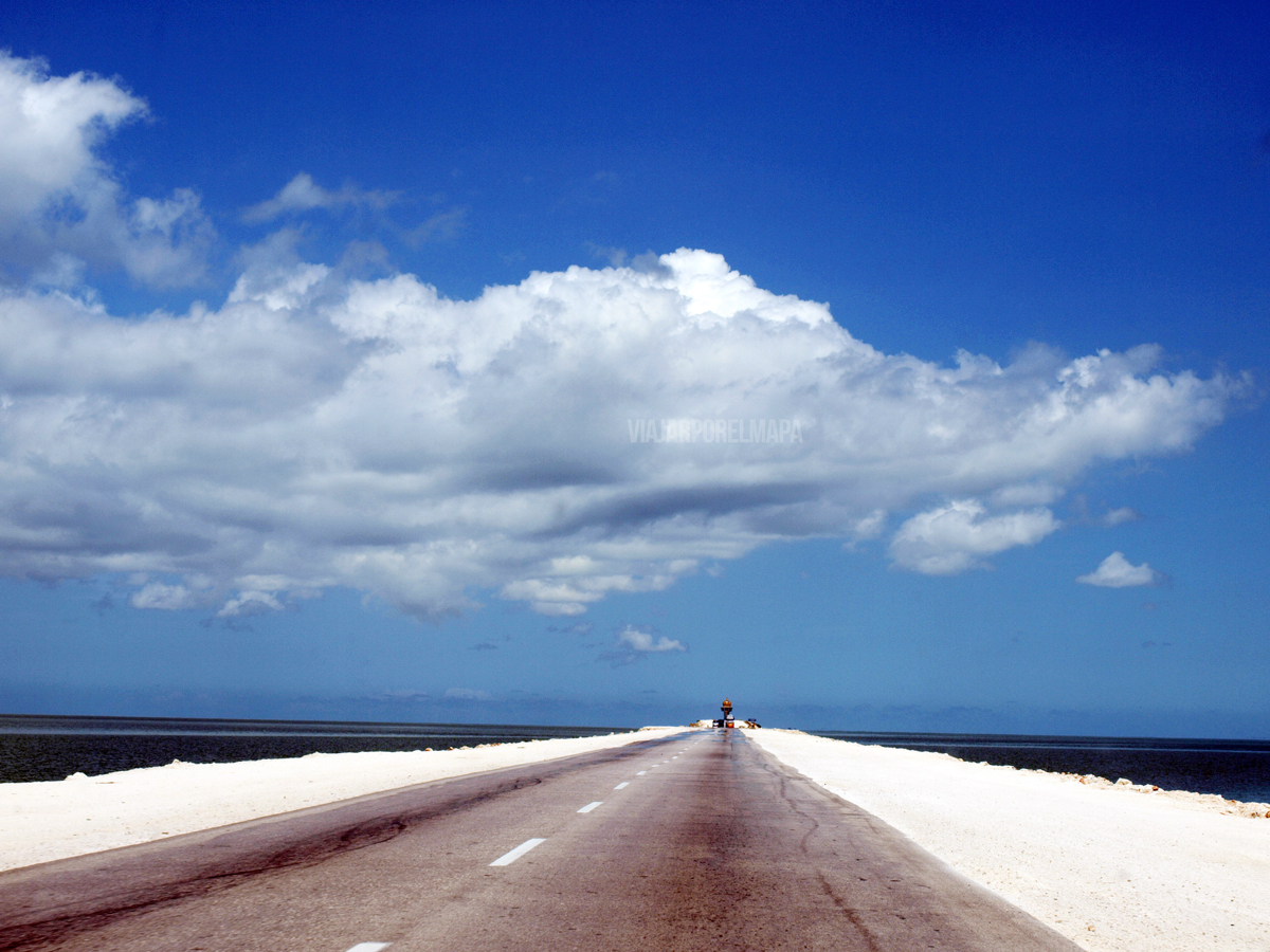 conducir en Cuba carretera cayo
